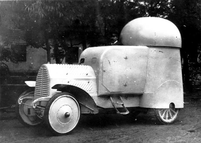 Опытный экземпляр бронеавтомобиля Austro-Daimler. 1905г.