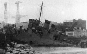 Как англичане разгромили в 1942 году немецкую базу во Франции?
