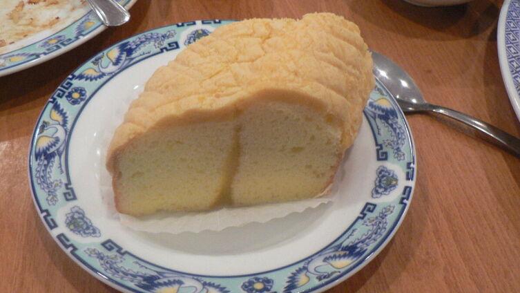 Ломтик лимонного бисквита