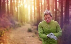 Из чего делают современную спортивную одежду?