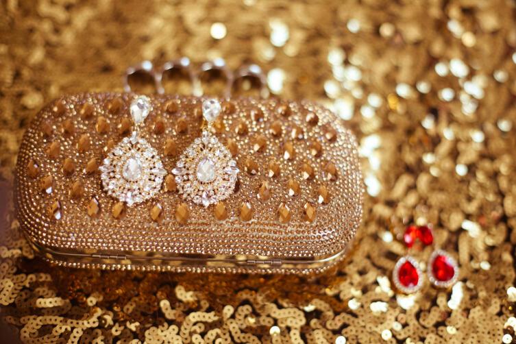 Бриллианты и рубины