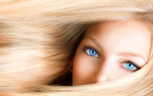 Какой характер у обладательниц голубых глаз?