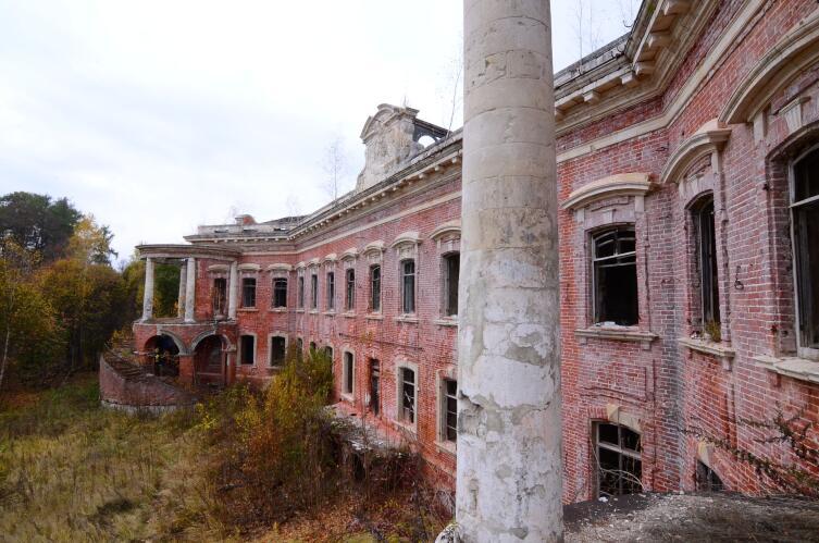 Семёновское-Отрада — историческая усадьба графов Орловых
