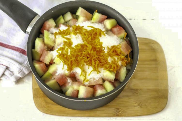 Какие сладкие заготовки на зиму можно приготовить в сентябре из дынь и арбузов?