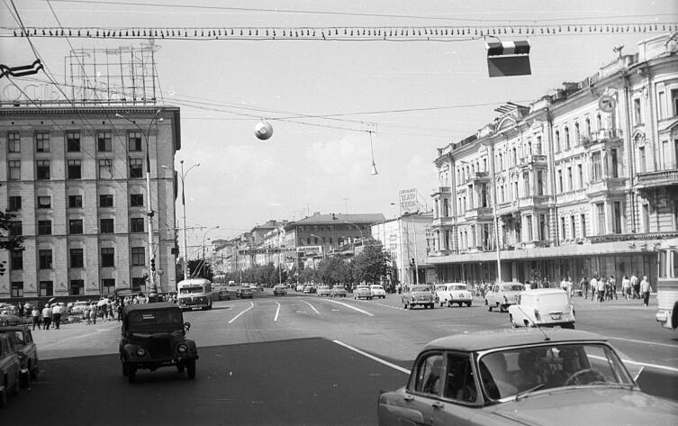 Здание Центрального театра кукол на ул. Горького, 32-а, 1966 г.