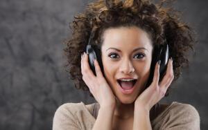 О причинах популярности прослушивания музыки в режиме онлайн
