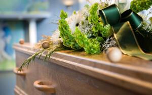 Похороны православного человека в Москве: что нужно учитывать?