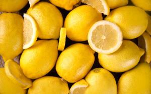 Какие вкусные и полезные лакомства можно приготовить осенью из лимонов?