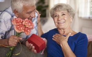 Какие цветы нельзя дарить женщине?