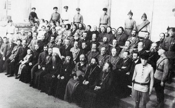 Судебный процесс по делу об изъятии церковных ценностей в Петрограде. 1922г.