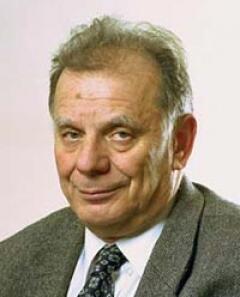 За что получил Нобелевскую премию 2000 года по физике Ж.И.Алфёров ...