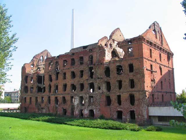 Дома в центре Волгограда, в котором во время Сталинградской битвы в