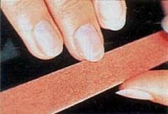 Что можно узнать по пятнам на ногтях?