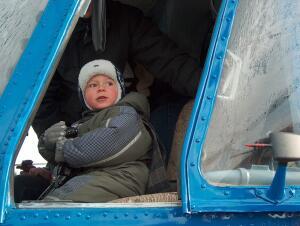 У полярных летчиков подрастает достойная смена