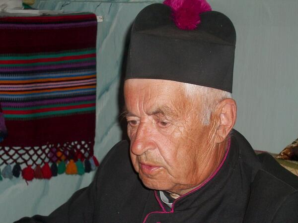 Главное чудо Мосара— романтик, мудрец и философ- ксёндз Йозас Булька