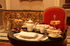 Традиция чаепития «Five O'clock» появилась в 1840 году благодаря 7-ой герцогине Бедфордской Анне.
