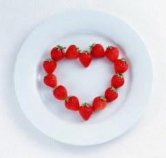 Красные сердца пестрят на прилавках, на открытках, намекают на любовь, привязанность и страсть. А почему нельзя сделать этот день признанием любви к себе?