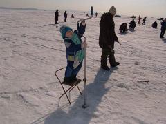 Поймать бы золотую рыбку, которая принесет такую зиму!