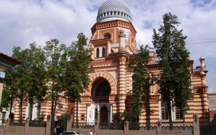Большая хоральная синагога на Лермонтовском проспекте.