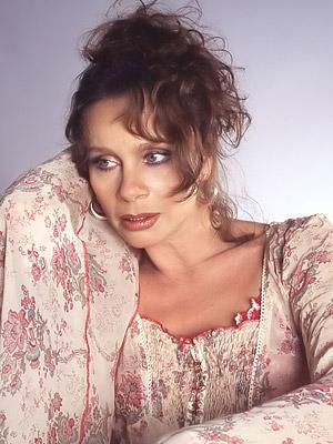 Народная артистка россии 1994 лауреат
