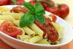 Симпатичные и очень вкусные «пёрышки» - макароны пенне