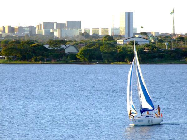 Бразилиа - первый опыт биоклиматического проектирования в масштабе целого города