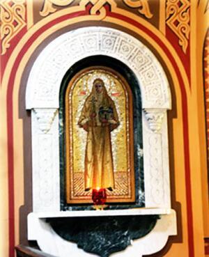 Икона преподобномученицы великой княгини Елисаветы Московской в православном храме святой Марии Магдалины в Гефсиманском саду