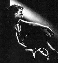 Майкл Джексон, раненый вестник...