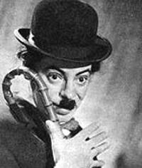 А. Райкин в роли Чарли Чаплина.