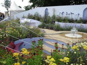 «Танцующий сад» дизайнер Raynershine Ltd
