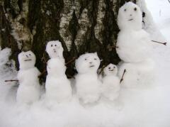 Верили, что маленькие снеговики - это ангелы, которым можно доверить свою мечту...