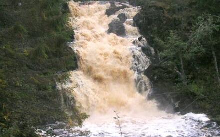 Юканкоски. Самый высокий водопад Южной Карелии.