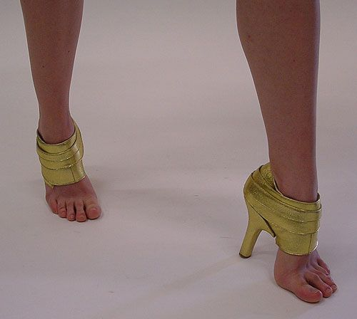 Почему скрипят туфли и другая обувь и что делать, как
