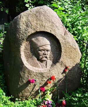 Могила Гиляровского. Фото с сайта findmapplaces.com