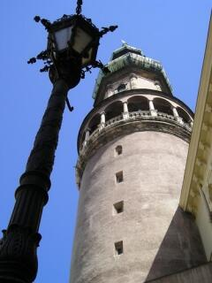 Быть в Шопроне и не подняться на башню?!
