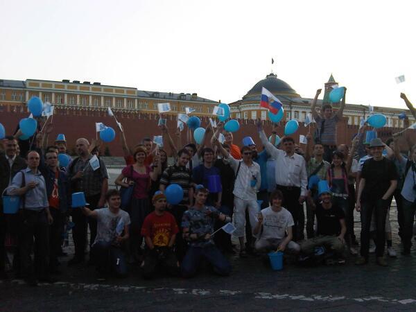 Экскурсия «синих ведёрок» на Красной площади
