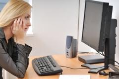 Почему одинокие женщины с трудом  находят партнеров на сайтах знакомств?