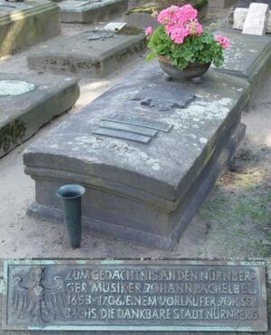 Могила Пахельбеля на кладбище Рохус (Rochuskirchhof) в Нюрнберге.