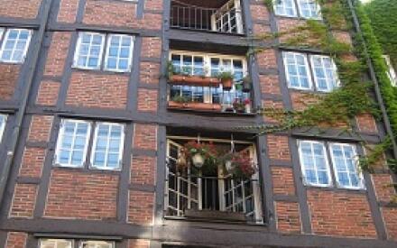 Переулок Раймерствите знаменит своим аутентичным образом