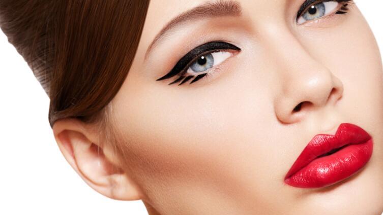 Как стать неотразимой? Три типа макияжа
