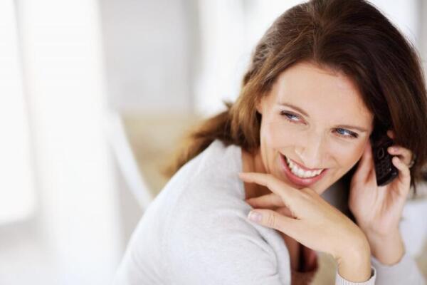 Девочки, девушки, женщины - почему мы должны улыбаться?