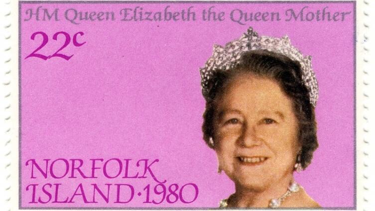 Почтовая марка с изображением королевы-матери Елизаветы