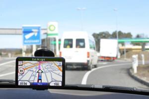 Как объехать, чтоб не тратить время? Навигационные программы против пробок на дорогах