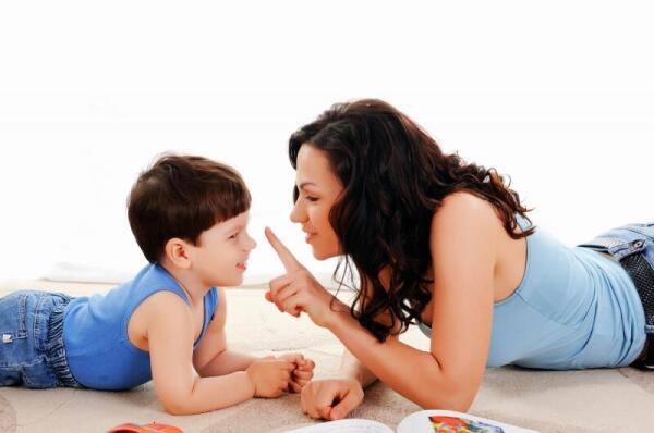 Как вырастить из своего ребенка трудоголика? Супервредные советы