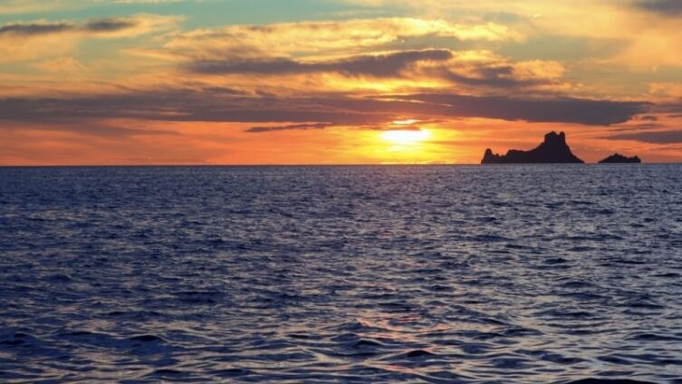 Мистический остров Эс Ведра, или Где Одиссей слушал сирен?