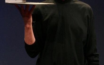 Стив Джобс на Macworld Expo в 2008 году