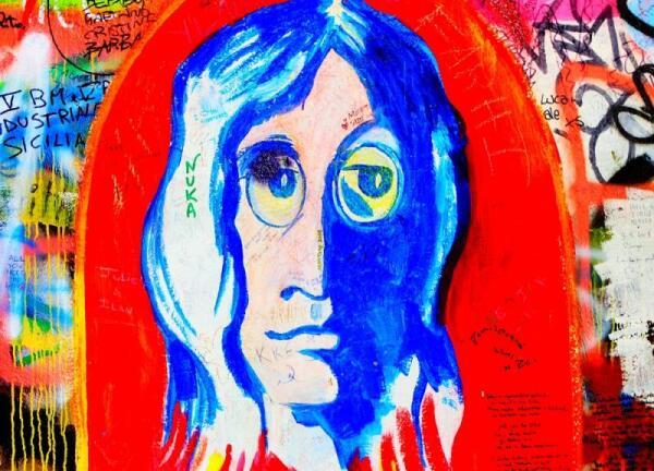 Кто такая «Люси в небе с алмазами»? Ко дню рождения Джона Леннона