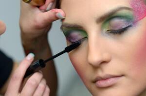 Как сделать макияж актрисы? Советы визажиста