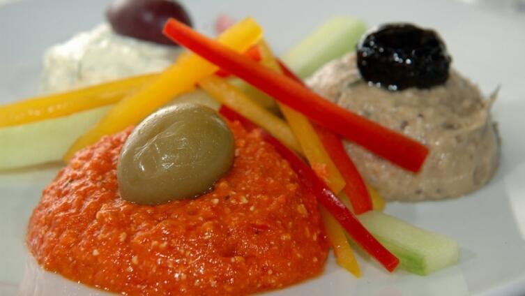 Скордалья: соус, закуска или гарнир? Рецепты греческой кухни