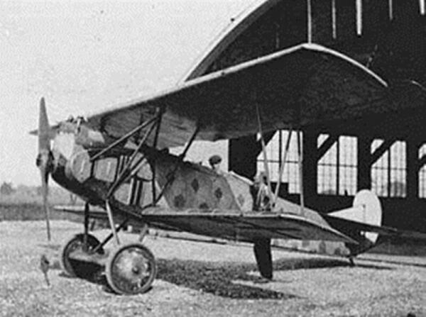 На таких самолетах летали в Первую мировую, на фото - немецкий Fokker